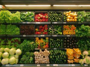 KTU mokslininkų apklausa atskleidė, pagal ką lietuviai renkasi maisto produktus: tarp svarbiausių kriterijų – kokybė, skonis ir sveikumas